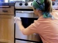 طرق ذهبيه لتنظيف المطبخ  Large_1237993327